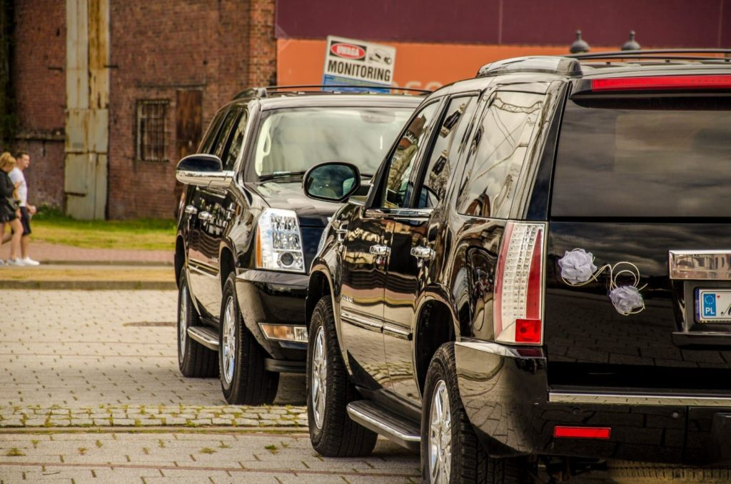 Samochód do ślubu Cadillac Escalade Trójmiasto Mestenza Rafał Grzebin